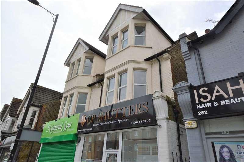 2 Bedrooms Flat for sale in London Road, Westcliff on Sea