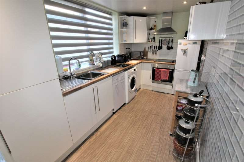 2 Bedrooms Terraced House for sale in Butler Street, Stockton-on-Tees, County Durham, TS20