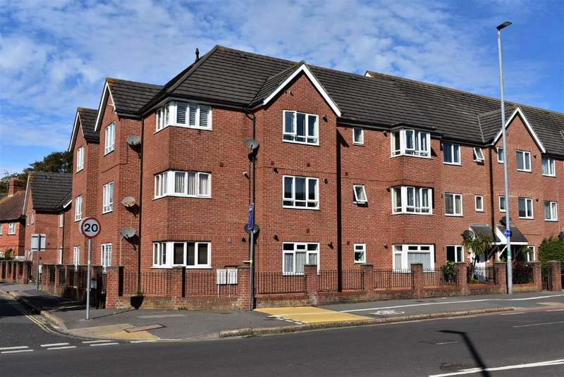 2 Bedrooms Flat for sale in Hilsea Heights, Hilsea, Portsmouth, PO2 9SW