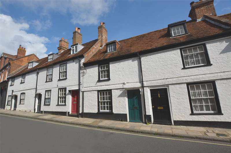 2 Bedrooms Terraced House for sale in Church Lane, Lymington, Hampshire, SO41