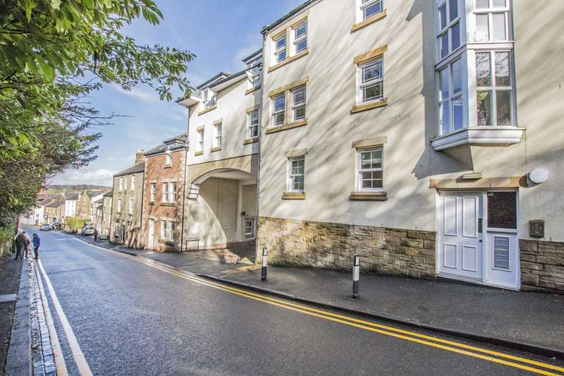 2 Bedrooms Apartment Flat for rent in Kings Mews, Hexham