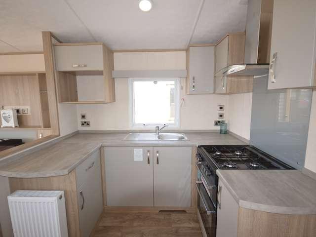 2 Bedrooms Caravan Mobile Home for sale in Alberta, Whitstable