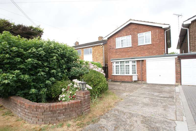 4 Bedrooms Link Detached House for sale in Eastwood Road, Rayleigh