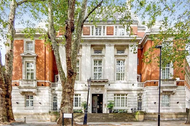 2 Bedrooms Flat for rent in Rosebery Avenue, Clerkenwell, EC1R