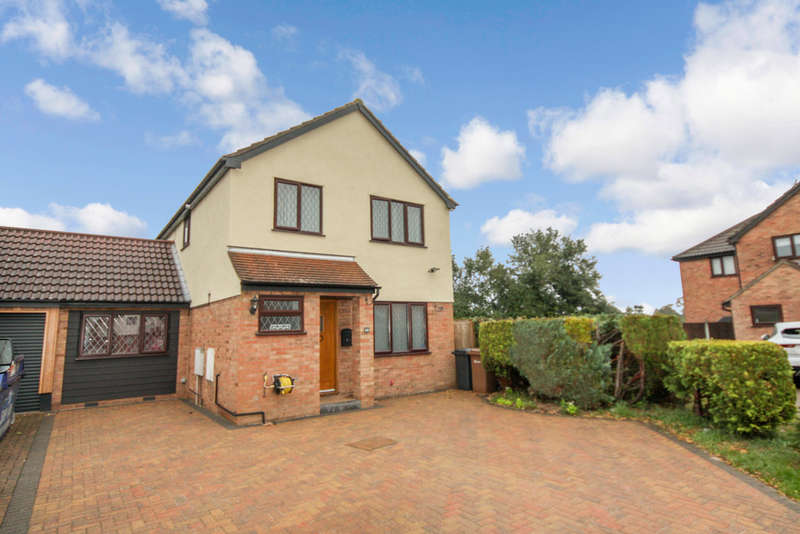 4 Bedrooms Semi Detached House for sale in Broomfield, Chelmsford