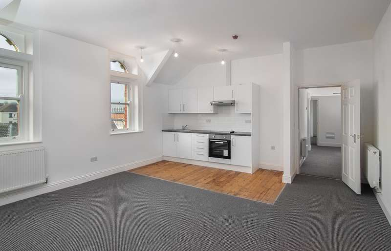 2 Bedrooms Apartment Flat for rent in Flat 9, Empress House, 59 Exchange Street