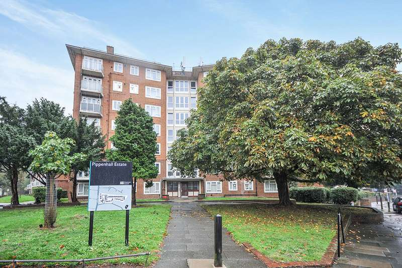 2 Bedrooms Apartment Flat for sale in Pippenhall, Southend Crescent, London, SE9