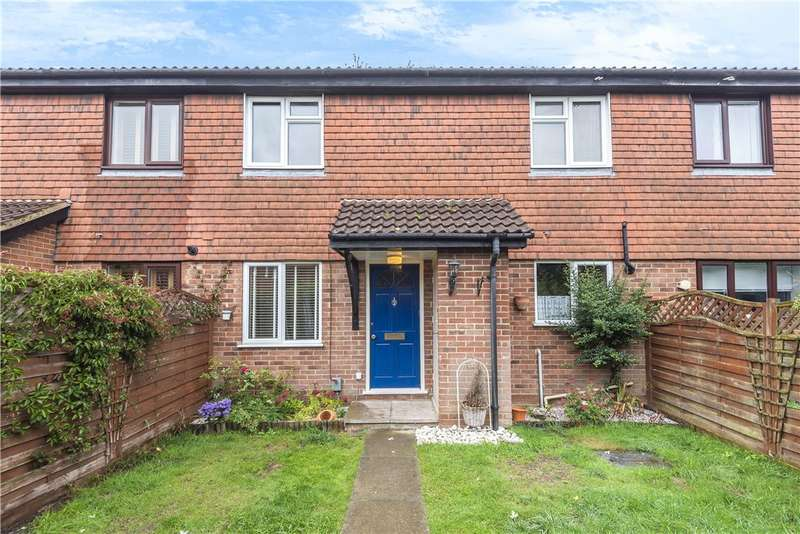 2 Bedrooms Terraced House for sale in Fallowfield, Yateley, GU46