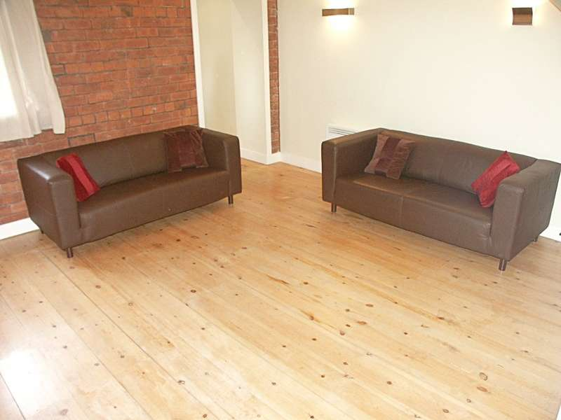 2 Bedrooms Apartment Flat for rent in Delauney House, 11 Scoresby Street, Bradford, BD1
