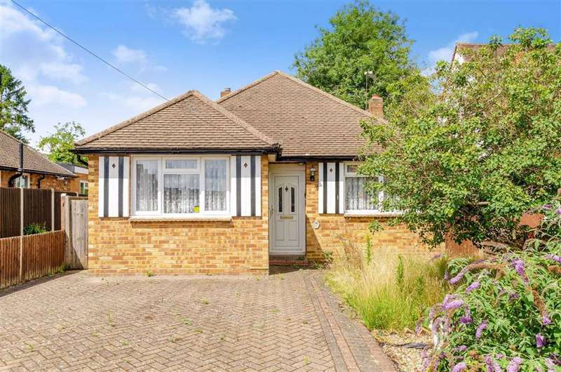 3 Bedrooms Detached Bungalow for sale in Homesdale Road, Petts Wood, Kent