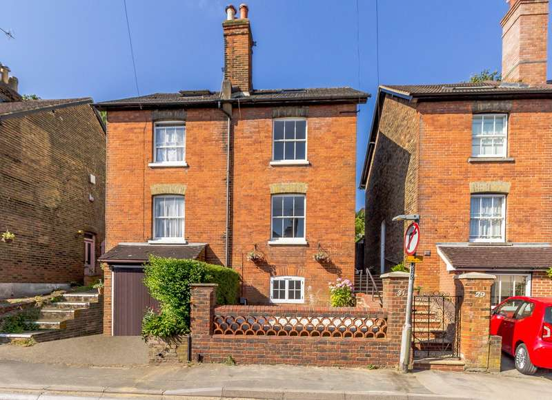 4 Bedrooms Semi Detached House for rent in Addison Road, Guildford, GU1