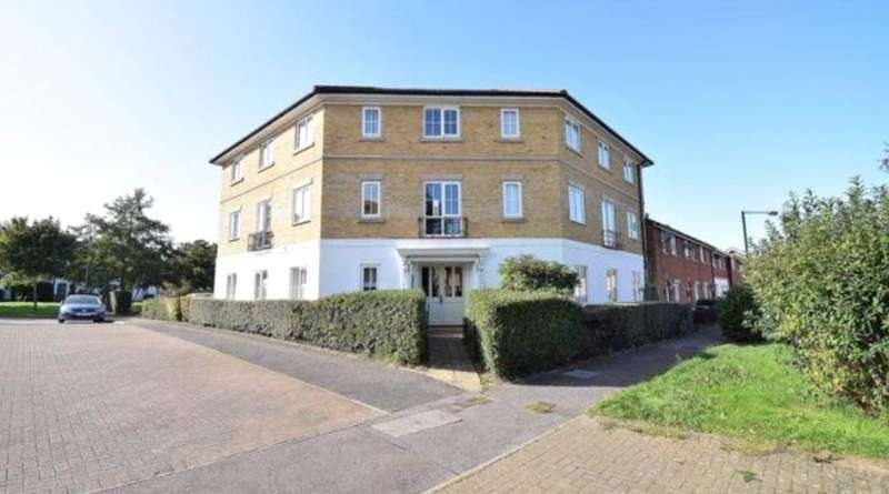 2 Bedrooms Apartment Flat for sale in Hadley Grange, Church Langley, Harlow, CM17