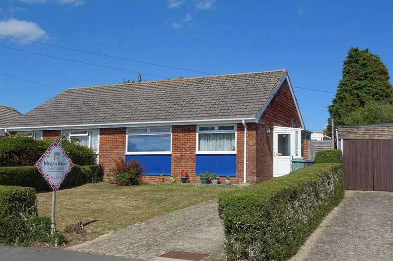 2 Bedrooms Semi Detached Bungalow for sale in Greenways, Northwood