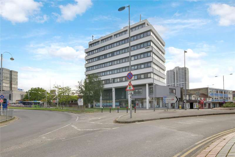 2 Bedrooms Flat for sale in The Lock, Fleming Way, Swindon, Wiltshire, SN1