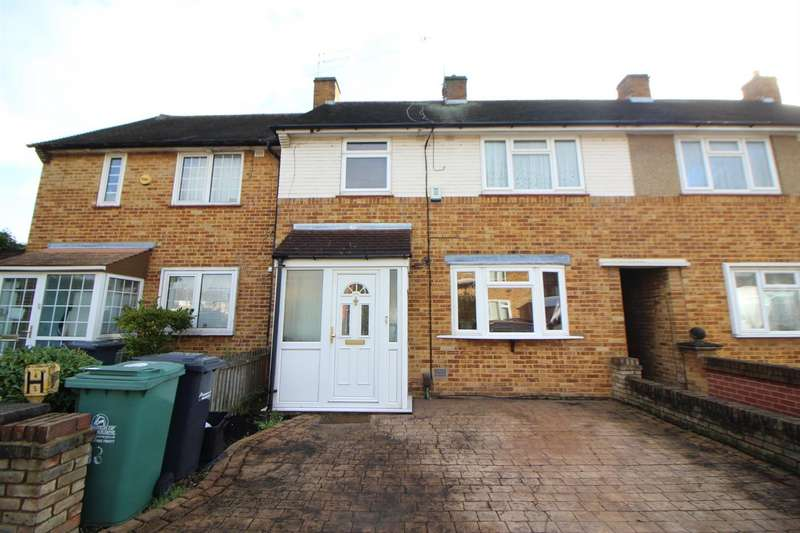 3 Bedrooms Terraced House for sale in Leven Drive, Waltham Cross