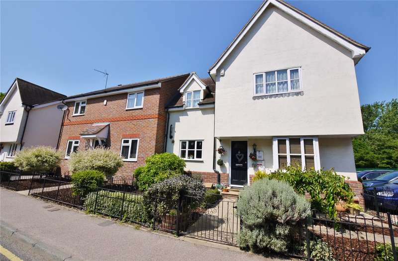 3 Bedrooms Semi Detached House for sale in Oakland Mews, Greenstead Road, Ongar, Essex, CM5