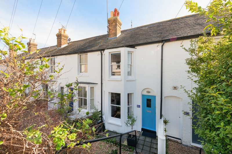 2 Bedrooms Cottage House for sale in Island Wall, Whitstable, CT5