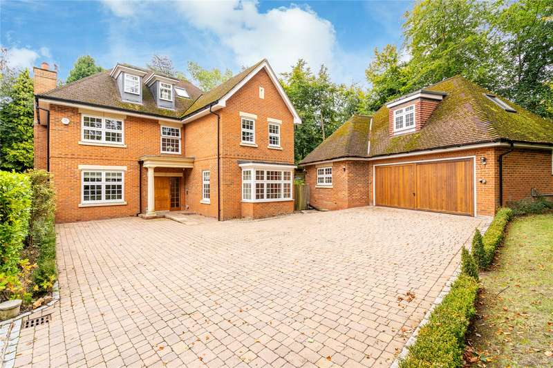 6 Bedrooms Detached House for sale in The Clump, Rickmansworth, Hertfordshire, WD3
