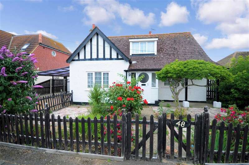 3 Bedrooms Detached Bungalow for sale in Oxenden Park Drive, , Herne Bay, Kent