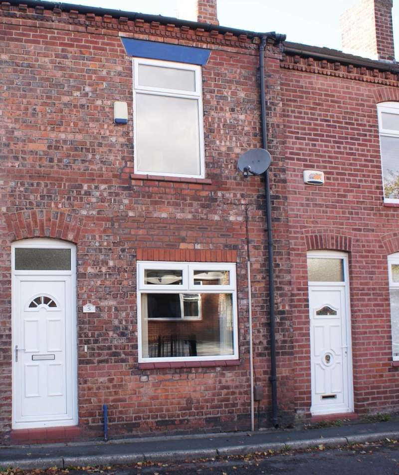 3 Bedrooms Terraced House for sale in John Street, Tyldesley