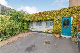 3 Bedrooms Detached House for sale in Vale Road, Northfleet, Gravesend, Kent