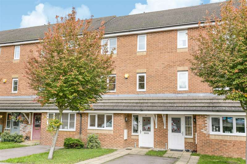 4 Bedrooms Terraced House for sale in Alconbury Close, Borehamwood