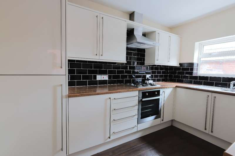 5 Bedrooms Terraced House for rent in 105 Broomspring Lane