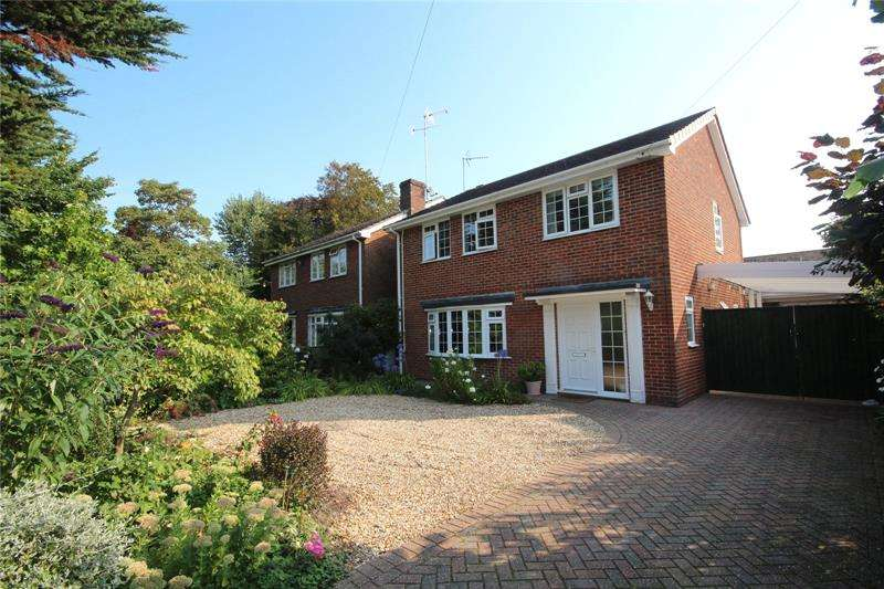 4 Bedrooms Detached House for sale in Gravel Lane, Ringwood, Hampshire, BH24