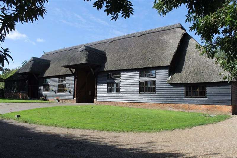 4 Bedrooms Barn Conversion Character Property for sale in Rookery Farm Barn, Cobham