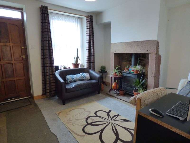 3 Bedrooms Property for sale in Windermere Road, Freehold