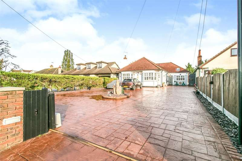 4 Bedrooms Detached Bungalow for sale in Station Road, West Horndon, Brentwood, Essex