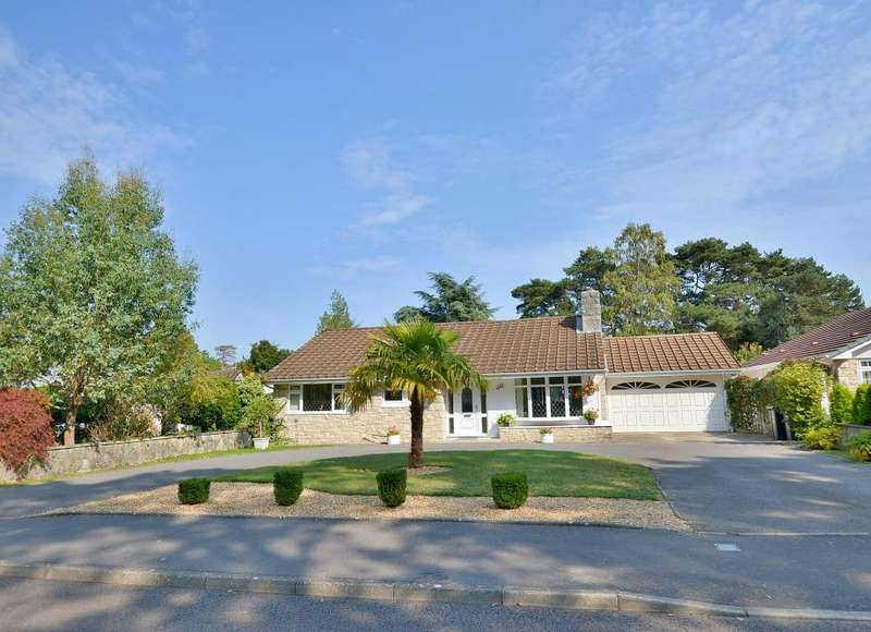 3 Bedrooms Detached Bungalow for sale in New Road, Ferndown, BH22 8EX