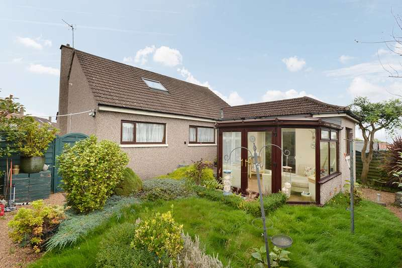 3 Bedrooms Bungalow for sale in Forth Park Gardens, Kirkcaldy, KY2 5TD