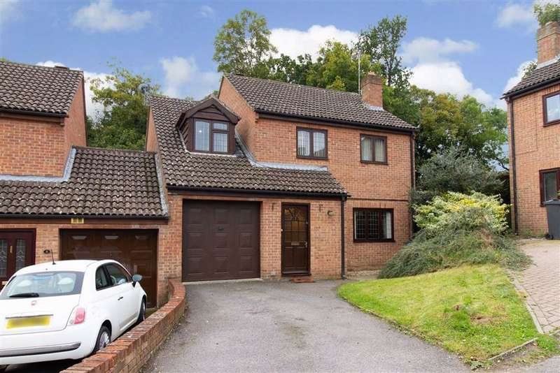 4 Bedrooms Detached House for sale in High Furlong, Cam, GL11