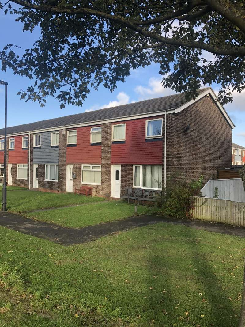3 Bedrooms End Of Terrace House for rent in Leicester Close, Newcastle upon Tyne