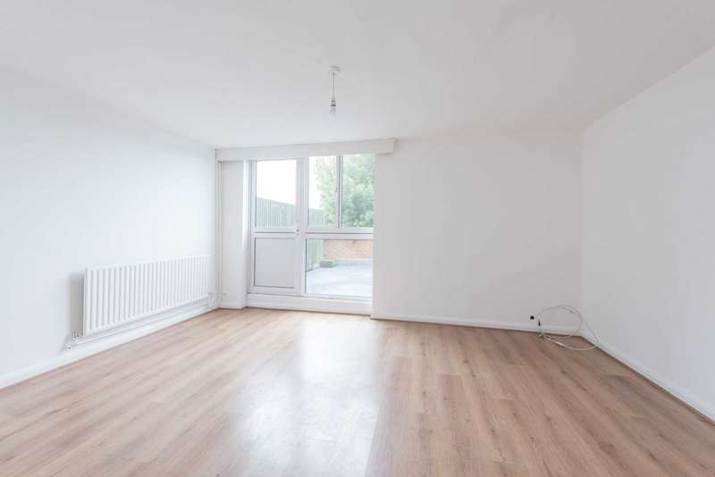 3 Bedrooms Maisonette Flat for rent in Peabody Hill, West Dulwich