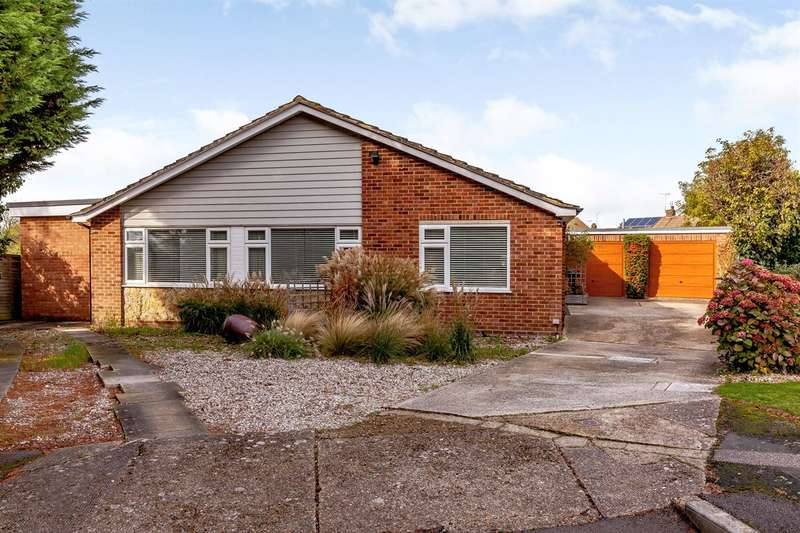 4 Bedrooms Detached Bungalow for sale in Juniper Close, Tankerton, Whitstable