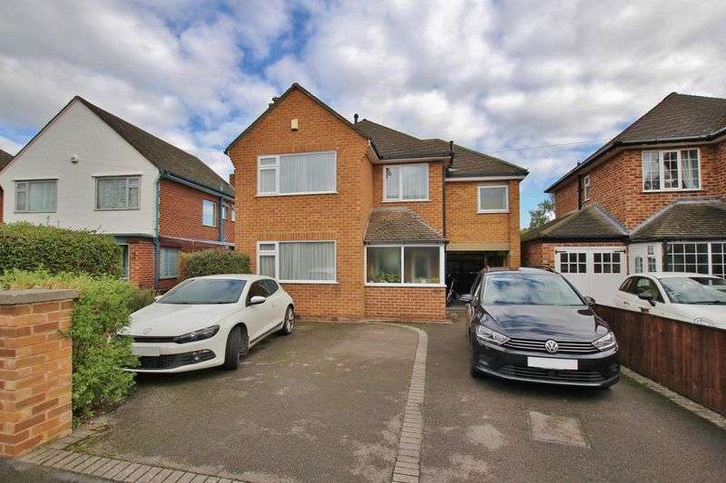 4 Bedrooms Property for sale in Sandstone Drive, West Kirby, Wirral