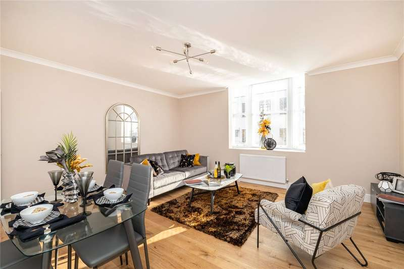 2 Bedrooms Apartment Flat for sale in Chequers House, Chequer Street, St Albans, Hertfordshire, AL1