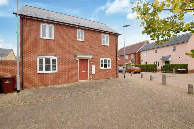3 Bedrooms Detached House for sale in Fowler Road, Colchester, Essex