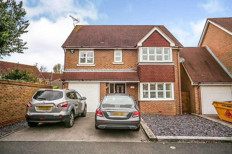 4 Bedrooms Detached House for sale in Bogarde Drive, Wainscott, Rochester, Kent, ME3