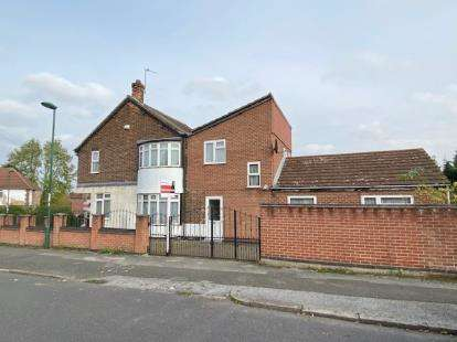 4 Bedrooms Detached House for sale in Plantation Road, Wollaton, Nottingham, Nottinghamshire