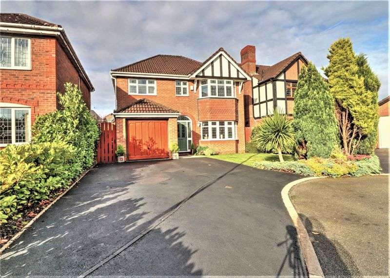 4 Bedrooms Property for sale in Conival Way, North Chadderton, OL9