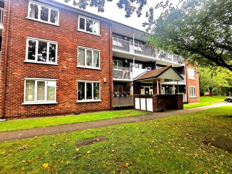 1 Bedroom Apartment Flat for sale in Lockett Gardens, Salford, M3 6BJ