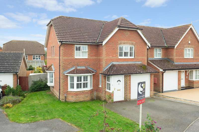 4 Bedrooms Detached House for sale in Clarke Crescent, Kennington, Ashford, TN24