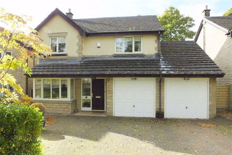 3 Bedrooms Detached House for sale in Castle Court, Colne, Lancashire, BB8
