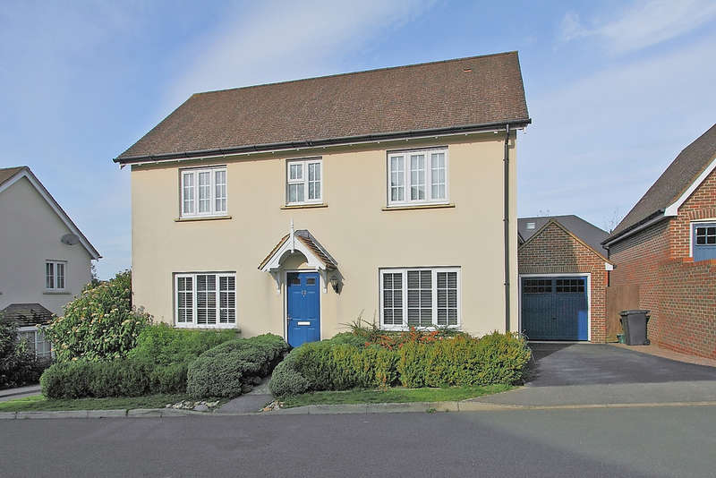 3 Bedrooms Detached House for sale in Overton Hill, Overton