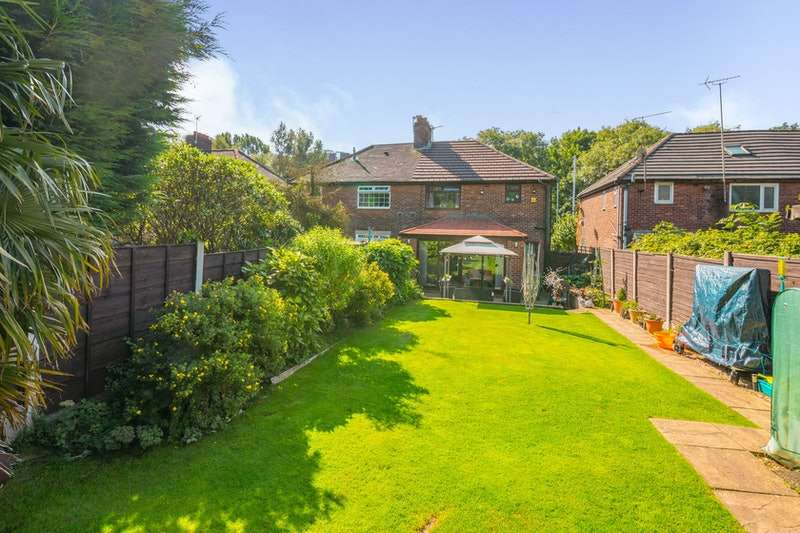 3 Bedrooms Semi Detached House for sale in Victoria Avenue East, Manchester, Greater Manchester, M9
