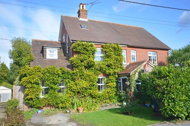 4 Bedrooms Property for sale in No Onward Chain - Mount Pleasant Road, Lindford