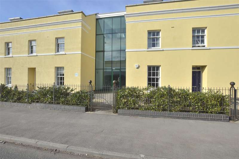 1 Bedroom Flat for sale in Regency Square, Tryes Road, Cheltenham, Gloucestershire, GL50